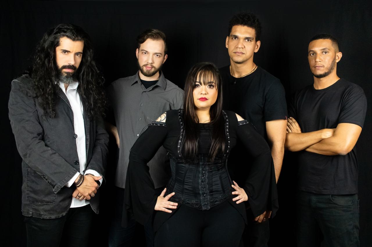 """Seyren: banda estreia novo vídeo para a música """"The Phantom of Opera"""" em tributo ao Nightwish"""