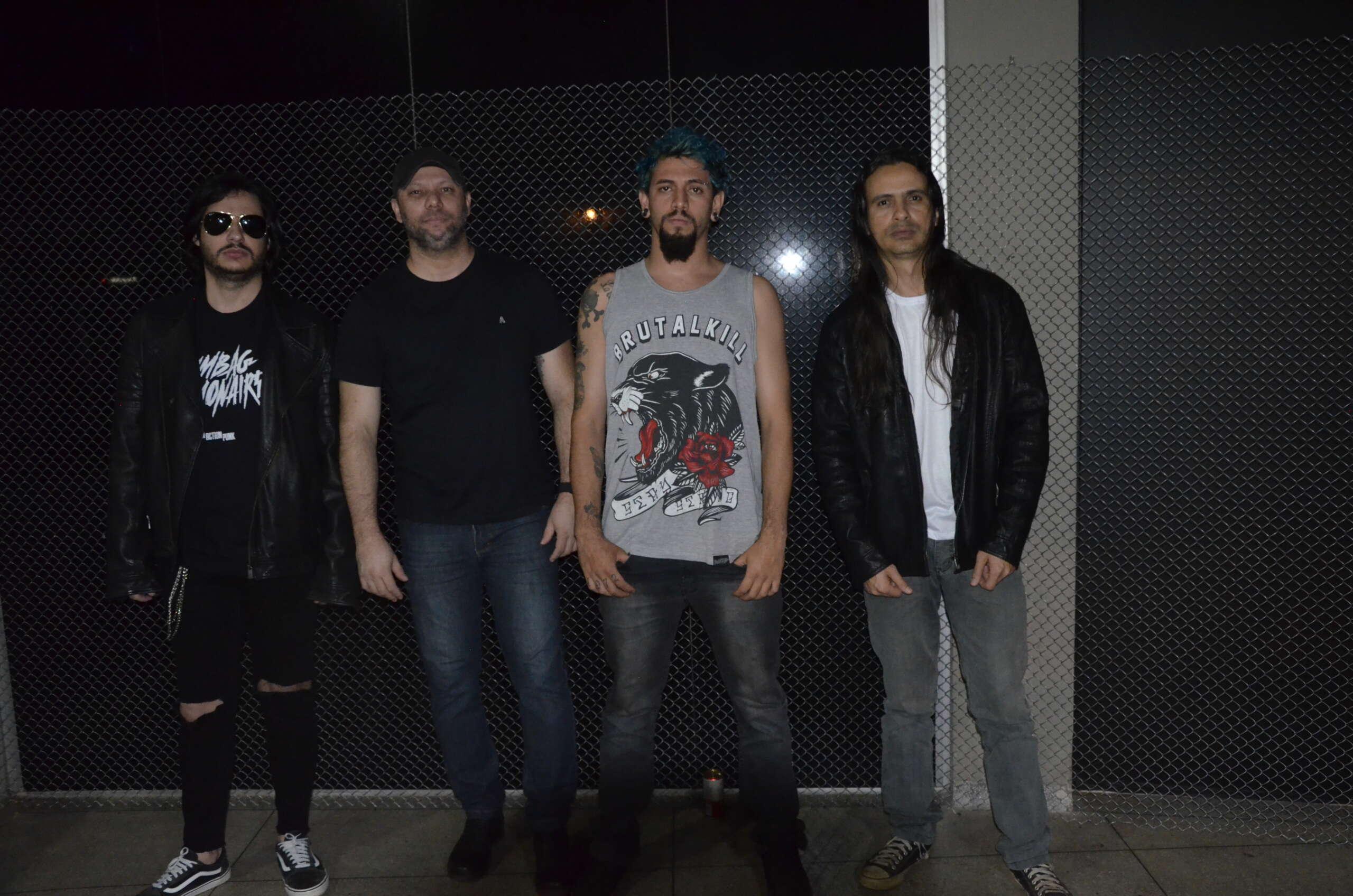 "Insanidade estreia oficialmente novo videoclipe ""Destroy Rock n' Roll"""