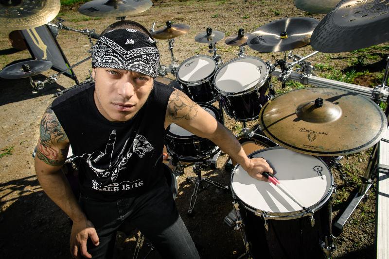 """Assista o vídeo de """"Scream For Me"""" (Noturnall) com participação de Mike Portnoy"""