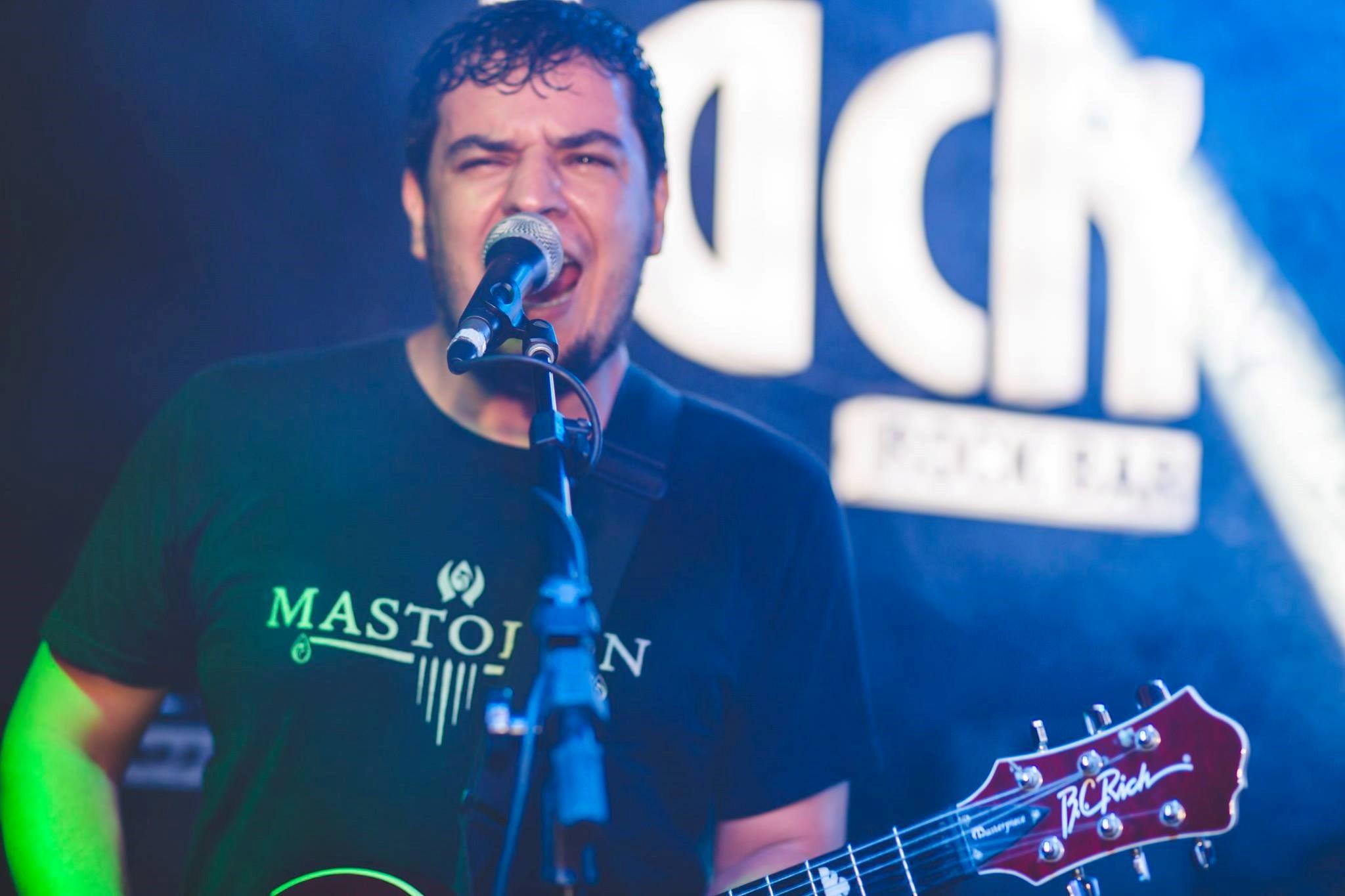 Read more about the article Beto Lani: Guitarrista participará do Metal com Batata Festival com cover do Slipknot