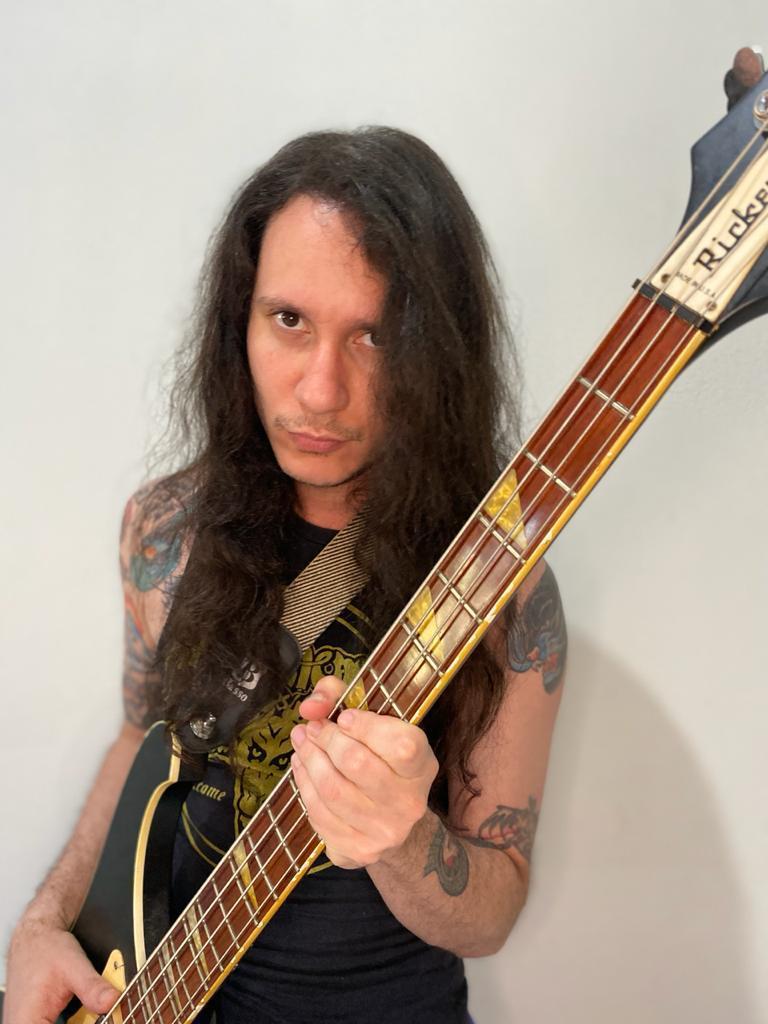 """Read more about the article Evilcult: Lançando site oficial e divulgando a entrada do baixista Renato """"Speedwolf"""""""